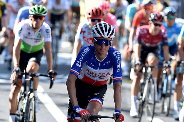 Arrivée du champion de France Warren Barguil. Etape St Etienne Brioude , tour de France cycliste 2019