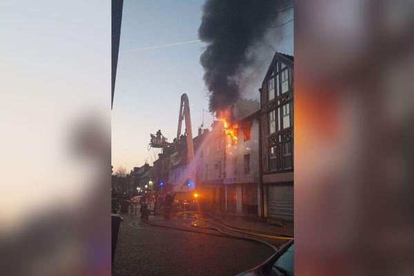Incendie d'un immeuble rue du 27 juin à Beauvais mercredi 20 février 2019