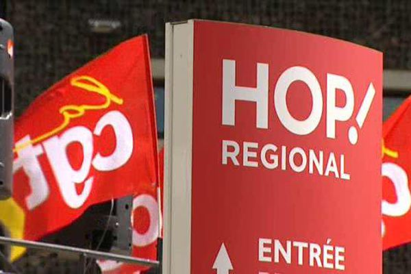 Le 15 juin 2015, les salariés de Hop avait débrayé pour protester contre la suppression de 27 postes à Clermont-Ferrand et Lille.