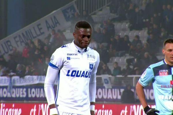 Sané va inscrire un pénalty qui libère Auxerre.