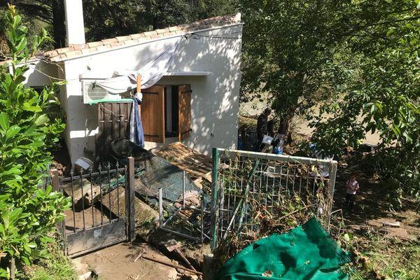 Au lendemain de la crue, les dégâts sont conséquents chez cette habitante de Saint-Julien-de-la-Nef - 20.09.20