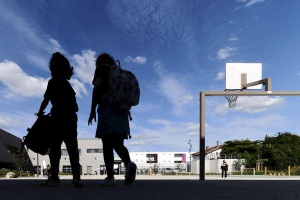 Illustration d'une cour d'école dans le quartier de Borderouge à Toulouse