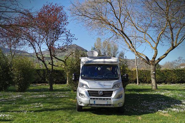 La maison roulante dans le camping de Millau