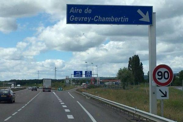 Entrée de l'aire Gevrey-Chambertin.