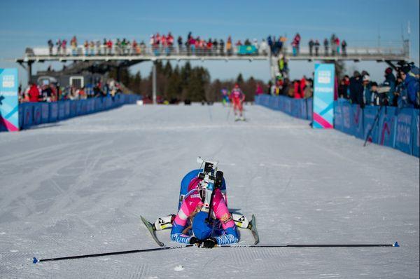 Alena Mokhova, la Russe, sur la ligne d'arrivée du 10km femme, samedi matin.