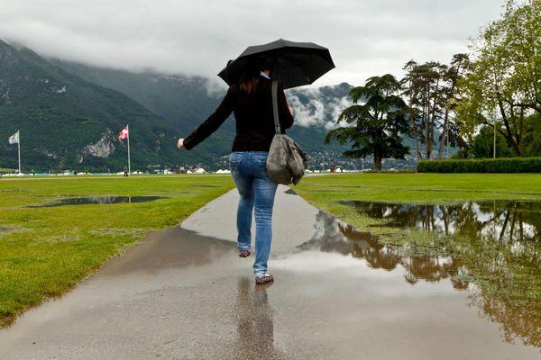 Selon les chiffres de Météo Villes, Annecy a enregistré un excédent pluviométrique de 209 mm au cours du mois de mai.