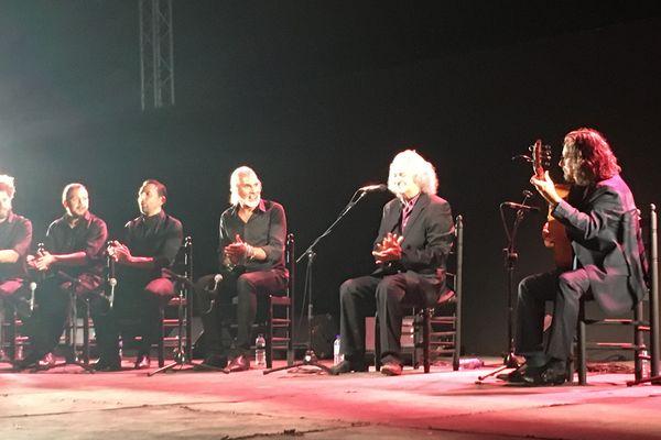 Paco el Lobo et ses musiciens sur la scène du festival de Buléria de Jerez, le 20 août 2021.