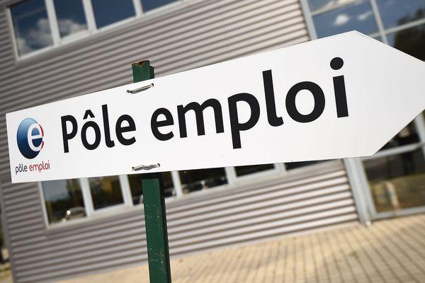 Le gouvernement a mis en place une aide pour les chômeurs en fin de droits en période de confinement