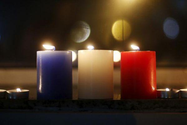 Le vendredi 13 novembre 2015, les attentas de Paris survenaient. 130 personnes ont perdu la vie.