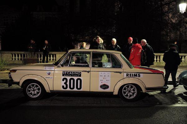 La BMW 1800 de 1965 conduite par des Français.