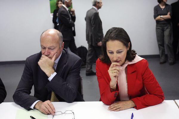 Alain Rousset et Ségolène Royal lors d'une rencontre avec les syndicats d'Airbus.