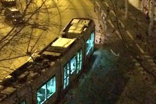 Montpellier - un tramway de la ligne 4 et une voiture sont entrés en collision - 13 février 2018.
