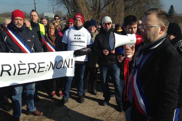 Le 18 février 2018, le collectif était déjà sur place pour protester contre la construction de la carrière de calcaire.