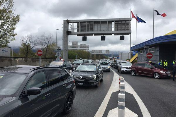 La manifestation a entraîné d'importants ralentissements à la douane de Bardonnex.