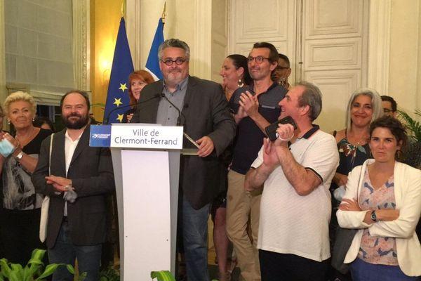 A Clermont-Ferrand, pour le second tour des élections municipales, Olivier Bianchi a été réélu maire.