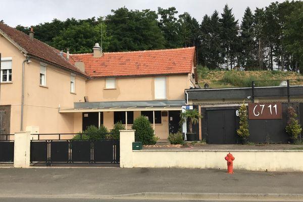Le club 6711 situé à Lèves (Eure-et-Loir), fermé par arrêté préfectoral pour non-application du passe sanitaire dans son établissement.
