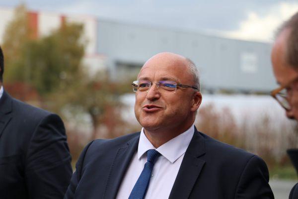 MEL : le conseil vote une majoration de 40% des indemnités du président Damien Castelain