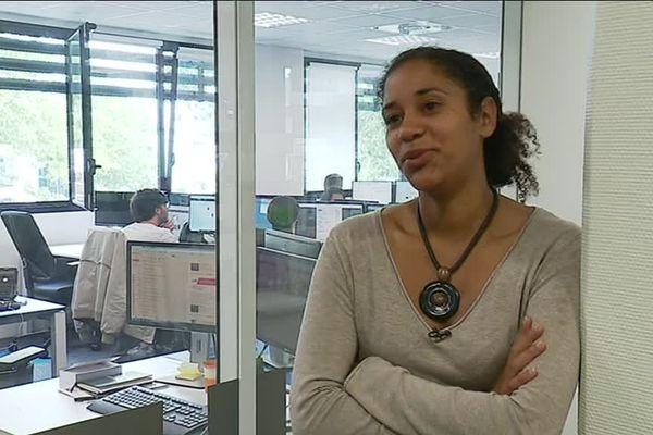 """Brunehilde Thako , l'une des toutes premières en Bretagne """"Happiness Manager"""" en Bretagne."""