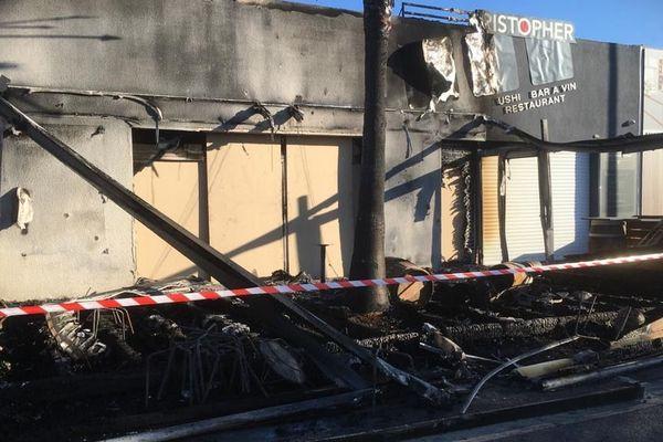 L'incendie serait parti à l'extérieur de l'établissement
