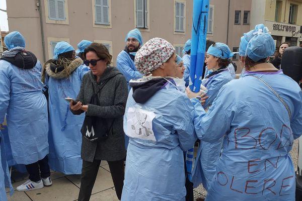 Les Infirmières de Bloc Opératoire Diplômées (IBOD).