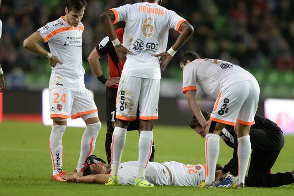 Lindsay Rose est sorti sur blessure lors du match Rennes-VAFC ce samedi.