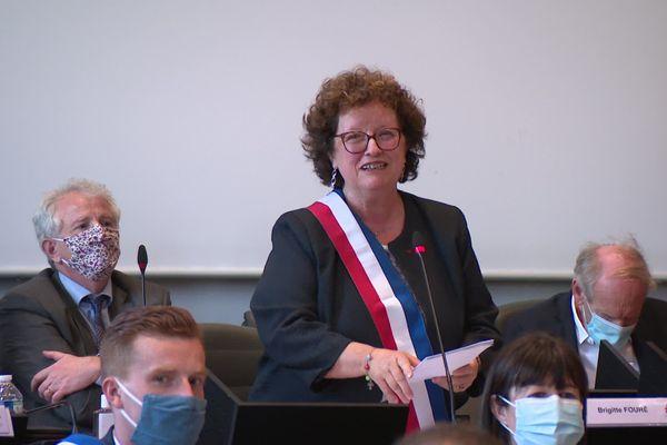 Vendredi 3 juillet, Brigitte Fouré a été réélue maire d'Amiens lors du premier conseil municipal par 40 voix sur 55.