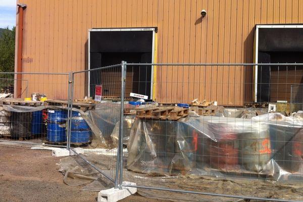 A Giromagny, l'évacuation des 800 fûts va durer jusqu'à la mi-septembre.