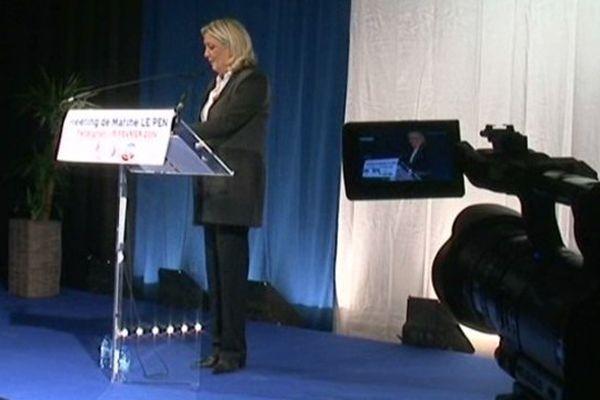 Marine Le Pen soutient Louis Aliot, candidat du Front National aux Municipales de Perpignan 15/02/2014