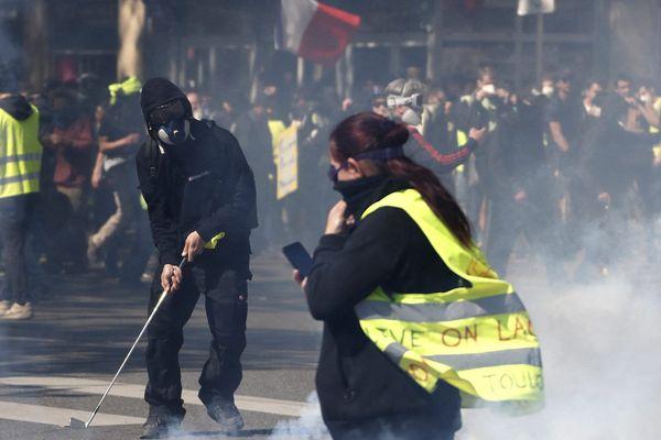 """Christophe Castaner, ministre de l'intérieur, a annoncé ce matin que """"les casseurs seront de nouveaux au rendez-vous dans certaines villes de France comme à Toulouse et Montpellier"""" ce samedi 20 avril."""