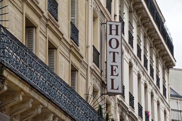 Il manquerait 10 millions de touristes à Paris cette année comparé à 2019.