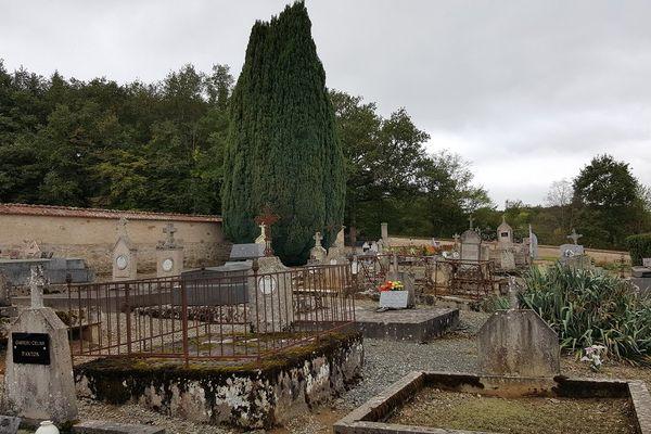 Le cimetière de Clugnat