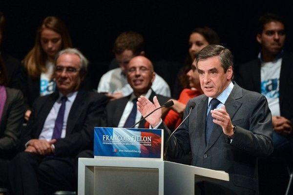 François Fillon en meeting lors de la campagne pour la présidence de l'UMP