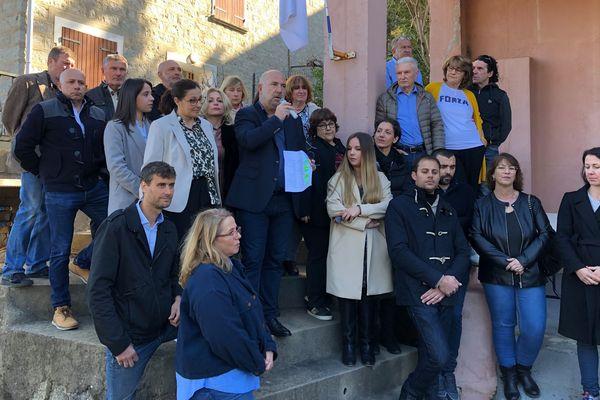 """Avec sa candidature, Don-Mathieu Santini espère rompre avec le """"duel habituel"""" entre le maire sortant George Mela et les nationalistes du PNC et de Corsica Libera."""