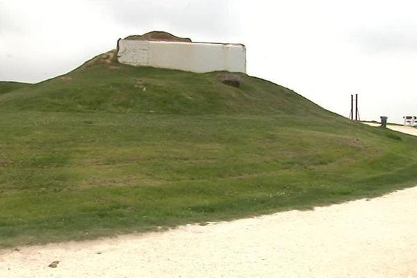 Le monument mémoriel aux victimes des bombardements de 1945 doit érigé au-dessus de la plage du Chay à Royan.
