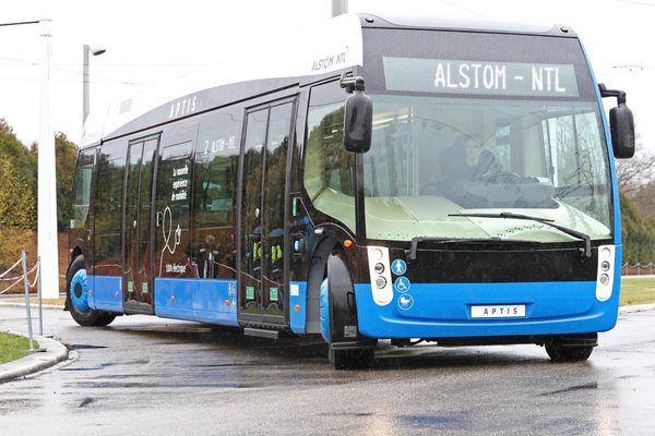 Aptis, le prototype de bus électrique de Alstom-Ntl, peut transporter une centaine de passagers.
