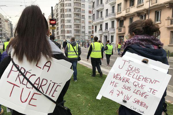 Des Gilets Jaunes à Grenoble.