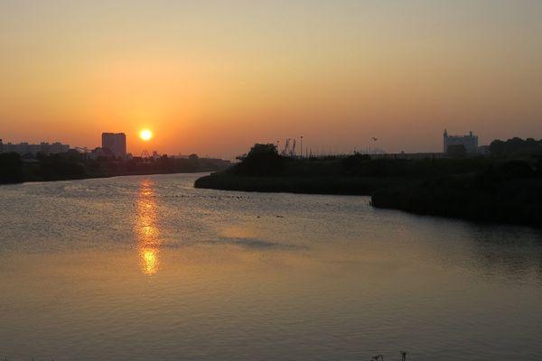 Lever de soleil sur Calais ce vendredi 17 juillet 6h30