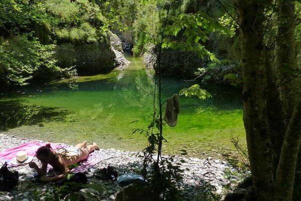 Le ruisseau de Saint Colomban est un affluent de la Vésubie.