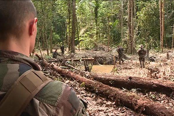 Les trois militaires portés disparus étaient en mission en Guyane.