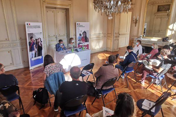 Au cours de la conférence de presse de rentrée, la rectrice de la région académique Nouvelle-Aquitaine a détaillé les mesures du protocole sanitaire.