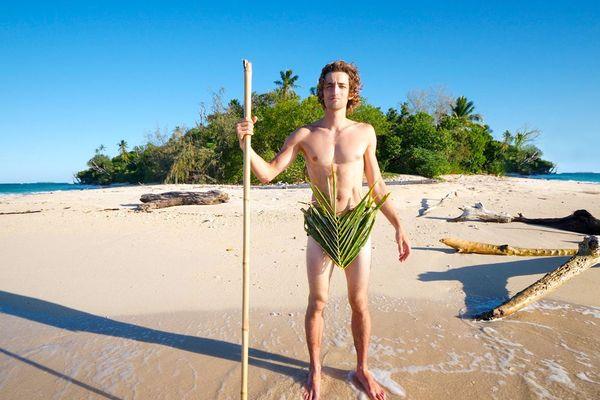 Quentin Albert, influenceur, s'est lancé le défi de survivre deux semaines en Nouvelle Calédonie, sans rien.