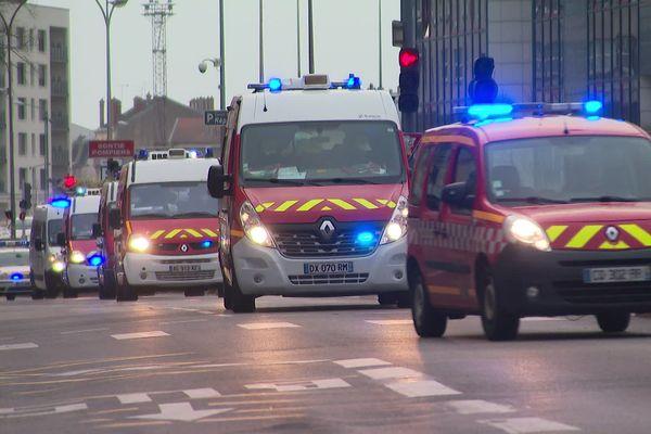 L'arrivée des ambulances en provenance du CHRU en gare de Nancy