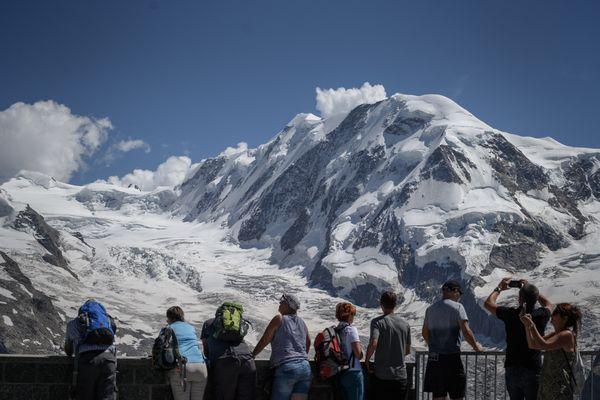 La Suisse compterait plus de 1 000 glaciers sur son territoire, comme celui du Grenzgletscher (photo).