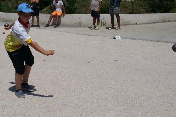 Ce jeune est un compétiteur aguerri, ils sont déjà champions d'Aveyron.