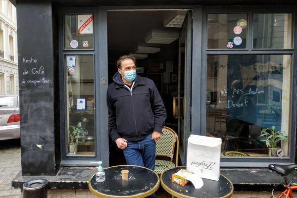 Tony Moreno, patron du Cafe del Medio, à Boulogne-sur-Mer.