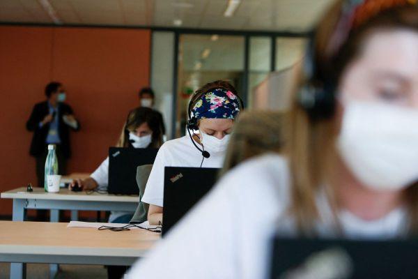 Pas moins de 50 postes de conseillers client sont proposés par Sitel Group à Cournon d'Auvergne. Photo d'illustration.