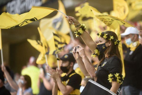Les supporters du Stade Rochelais lors de la demi-finale de Top 14 à Lille le 18 juin dernier.