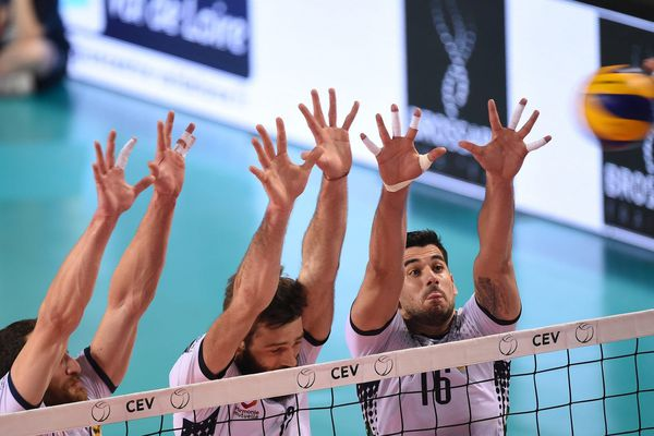 Les joueurs du TVB ont su contrer l'équipe de Karlovasko à l'aller