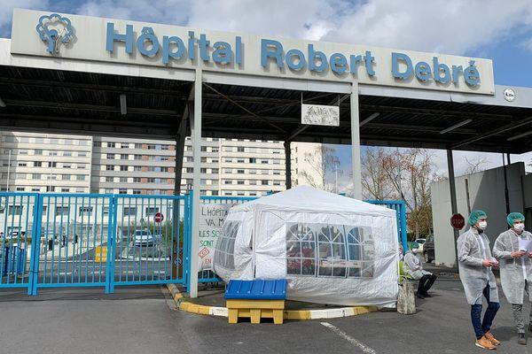 Le 22 avril, 158 salariés du CHU de Reims avaient été contaminés, 63 étaient encore en confinement.