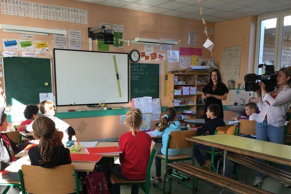 Les petits écoliers de la classe de CM1/CM2 de Vayres vont pouvoir faire le tour de l'Europe.
